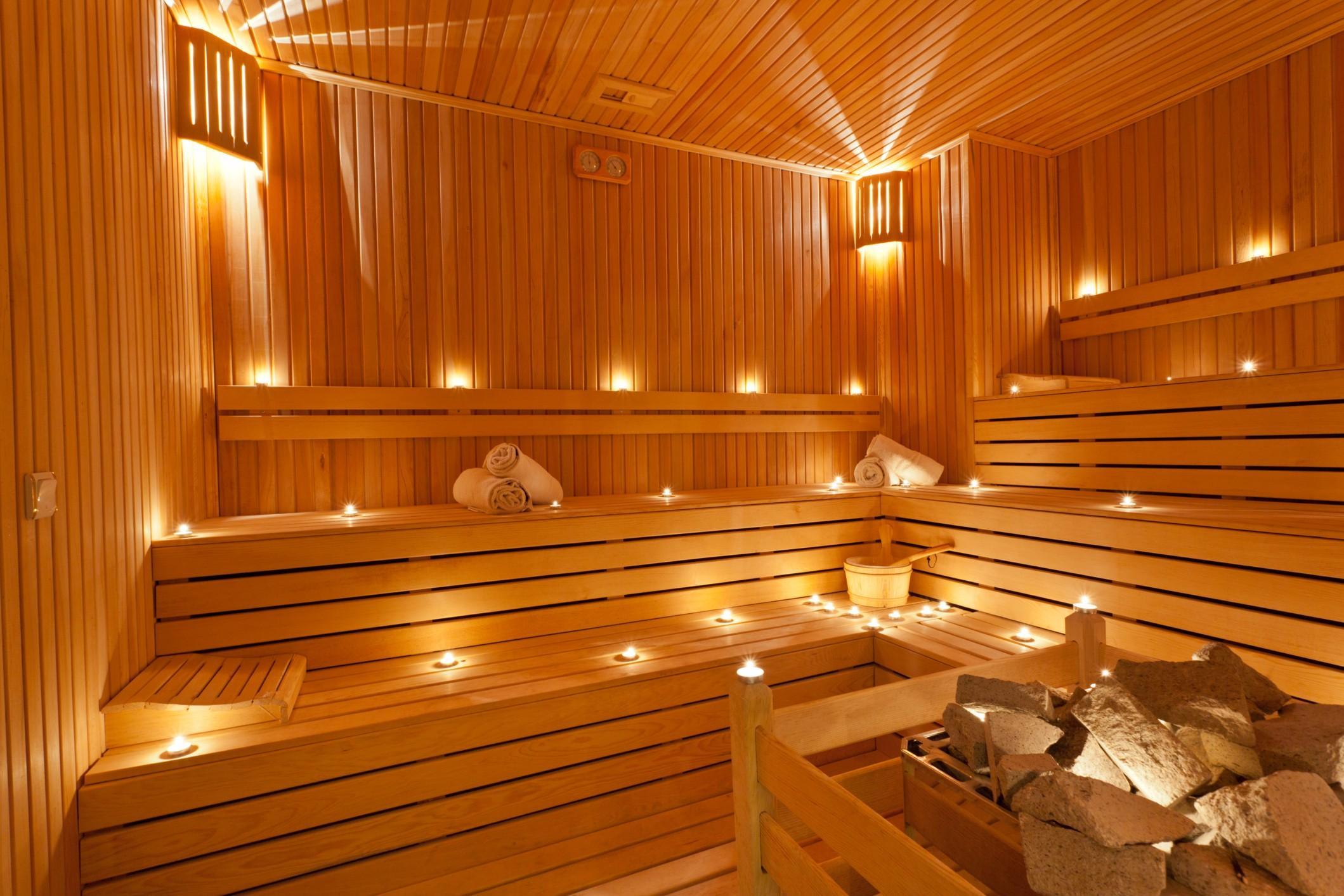 Sauna e bagno turco in giardino